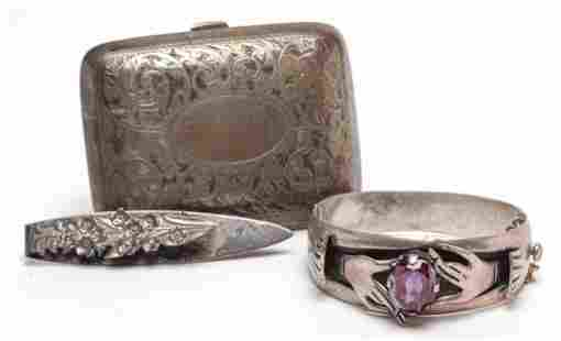 THREE VINTAGE STERLING SILVER ACCESSORIES.