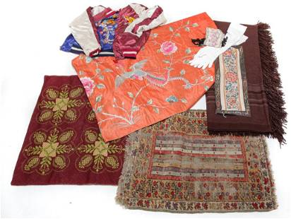 GROUP OF TEXTILES.