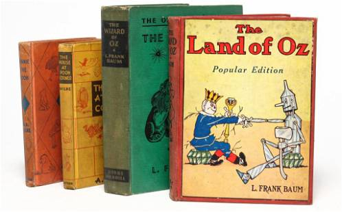 FOUR BOOKS WIZARD OF OZ AND WINNIE THE POOH.