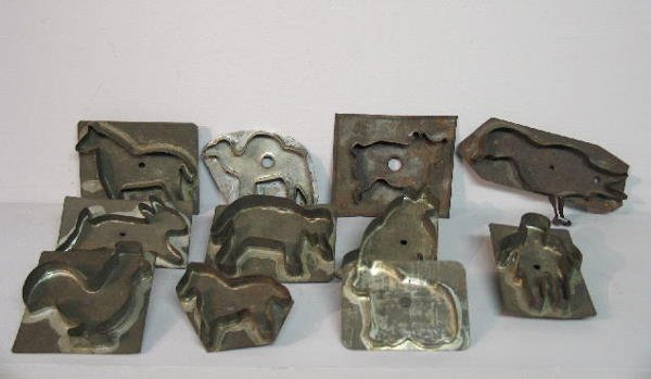 439: ELEVEN TIN COOKIE CUTTERS. Some unusual shapes are