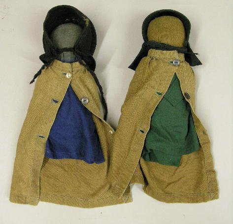 """131: TWO PRIMITIVE AMISH CLOTH DOLLS, 9"""" AND 10"""". Both"""