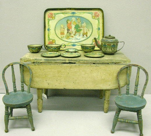 """12: THREE PIECES.  Tin litho tea set has tray (9"""" X 6 1"""