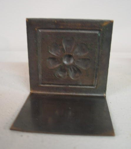 1009: PAIR SMALL ARTS & CRAFTS COPPER BOOKENDS. Embosse - 3