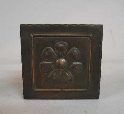 1009: PAIR SMALL ARTS & CRAFTS COPPER BOOKENDS. Embosse - 4
