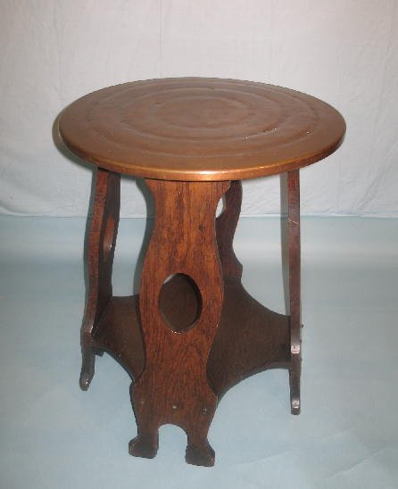1020: ARTS & CRAFTS STAND. Copper top with line tooled