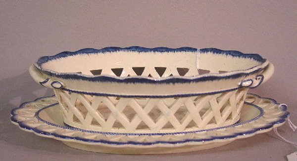 6: BLUE FEATHER EDGE RETICULATED DISH AND UND
