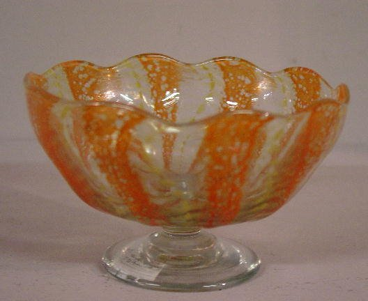 """498: """"NASH"""" ART GLASS SAUCE. Footed sauce wit"""