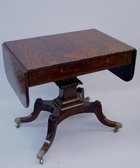 806: SHERATON SOFA TABLE. Attributed to New Y