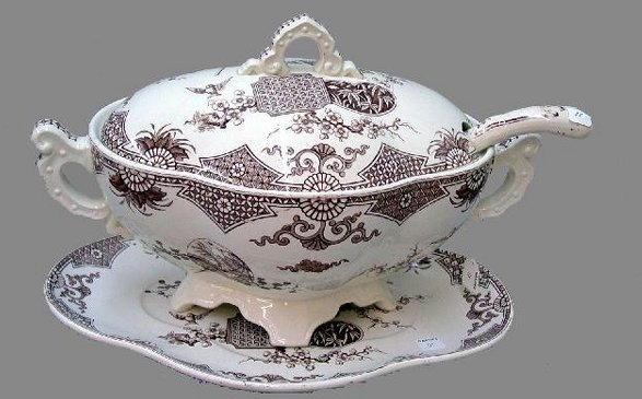 18: AESTHETIC IRONSTONE SOUP TUREEN WITH LADL