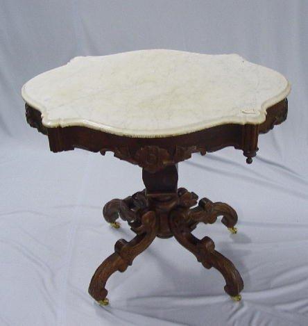 11: MAHOGANY TURTLE TOP TABLE. Beveled white