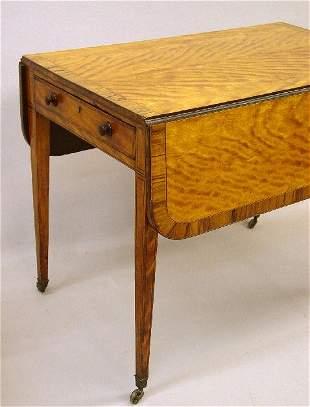 ENGLISH HEPPLEWHITE PEMBROKE TABLE WITH I