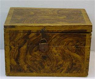 GRAIN PAINTED BOX. Pine with old brown w