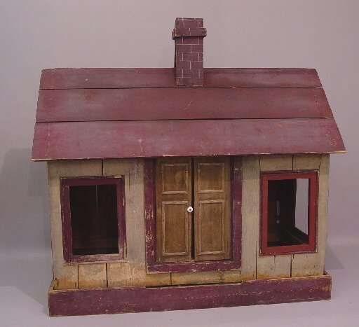 17: COUNTRY PLAYHOUSE IN ORIGINAL PAINT. Popl