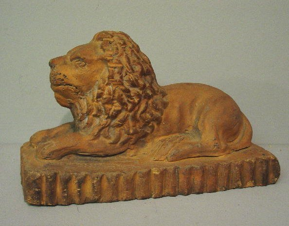 6: SEWERTILE LION WITH RARE MARKS. Hand molded and tool