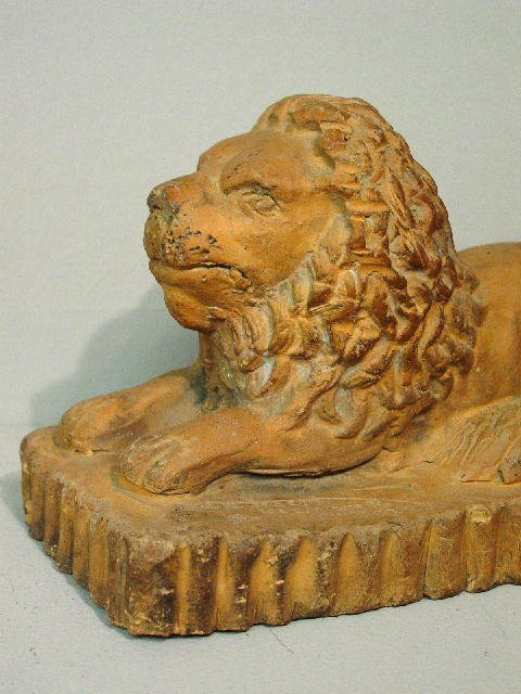 6: SEWERTILE LION WITH RARE MARKS. Hand molded and tool - 2