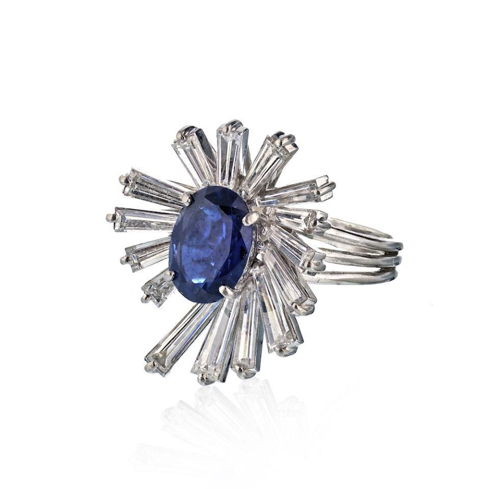 Platinum Vintage Ring