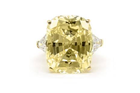 Authentic Van Cleef & Arpels Fancy Yellow Diamond Ring