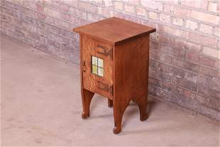 Antique Arts & Crafts Oak Side Table Cabinet With