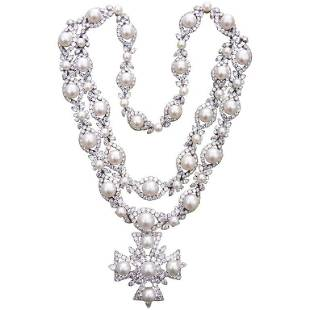 Authentic Van Cleef & Arpels Diamond Pearl Cross