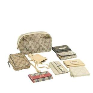 Authentic GUCCI GG Canvas Pouch Key Case Coin Case