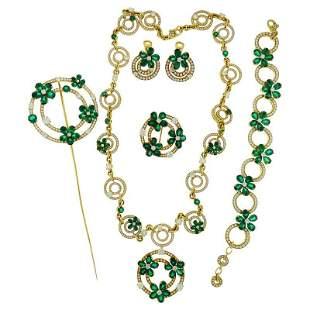 Authentic Bulgari Diamond Emerald 18 Karat Yellow Gold