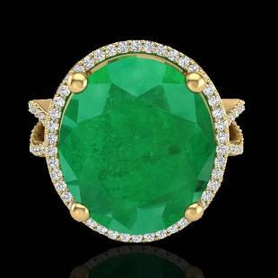 12 ctw Emerald & Micro Pave VS/SI Diamond Ring 18k