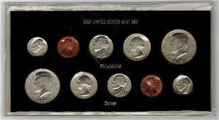 Authentic 1983 P and D Mint Set Very Rare Souvenir Set