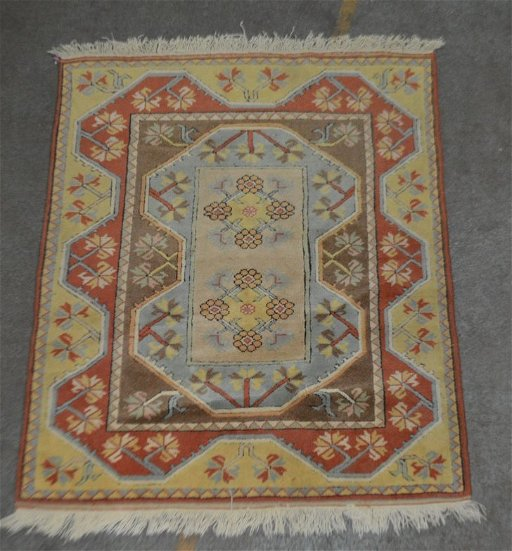 Hand Knotted Turkish Milas Sculpted Wool Rug 4 X 5