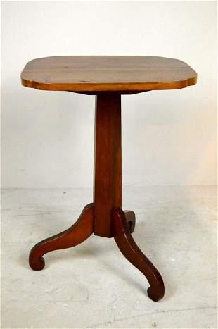 Federal Style Cherry Tilt Top Tea Table