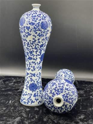 A pair of Jingdezhen ceramic blue and white lotus vase