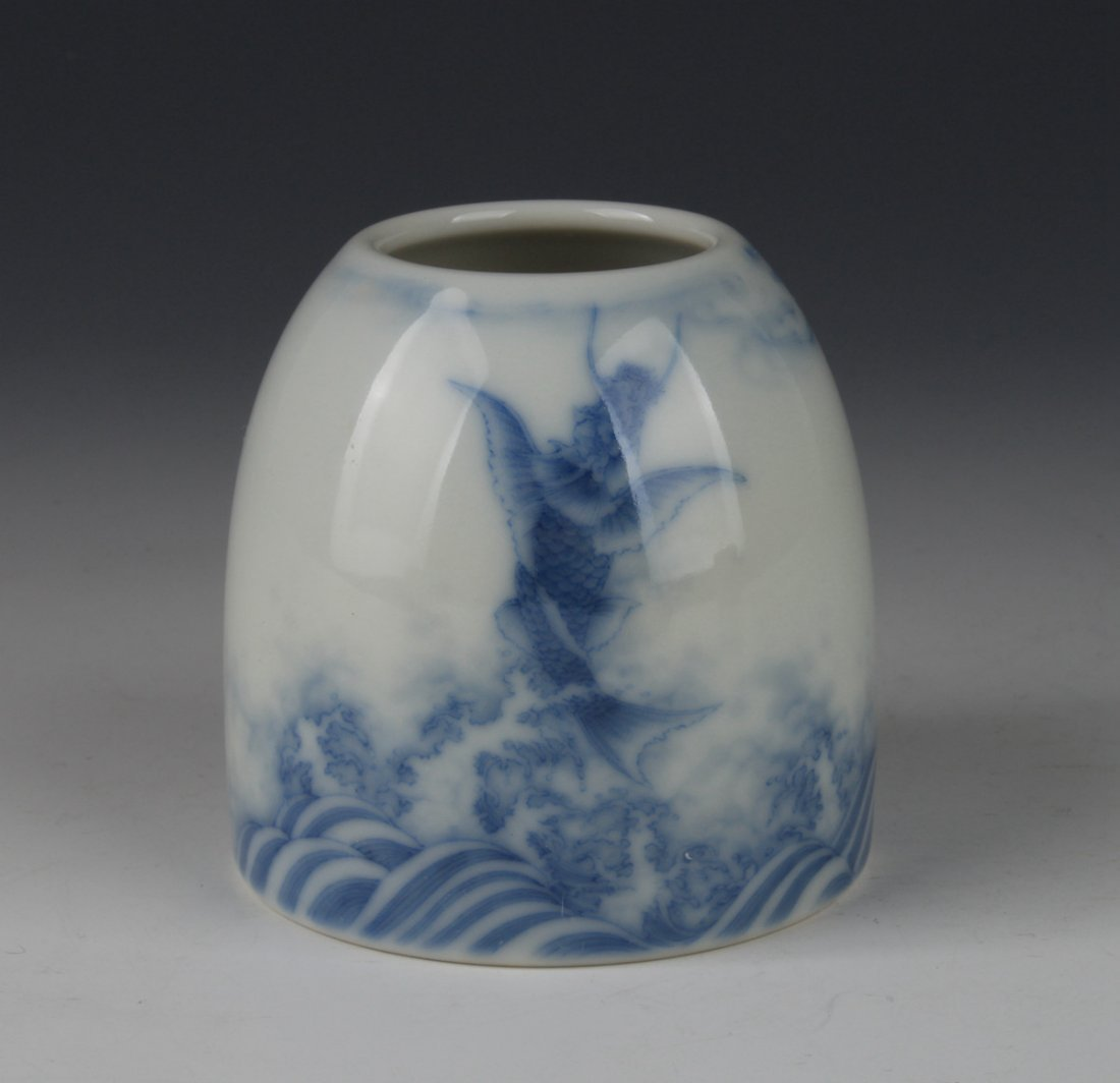 A Chinese Antique Blue And White Porcelain Zun