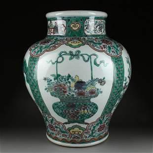 A Large Chinese Wucai Porcelain Pot Vase