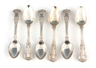 A SET OF 6 EDWARDIAN QUEENS PATTERN TEASPOONS by J