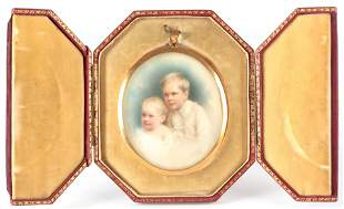 A SIGNED EARLY 20TH CENTURY CASED PORTRAIT MINIATURE ON