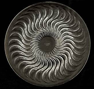 """AN R LALIQUE FRANCE """"ACTINIA"""" CLEAR GLASS PLATE wi"""