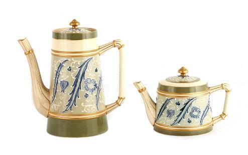 AN EARLY MACINTYRE BURSLEM TAPERING COFFEE POT AND