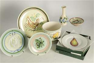 A SMALL COLLECTION OF STUDIO CERAMIC PIECES with a
