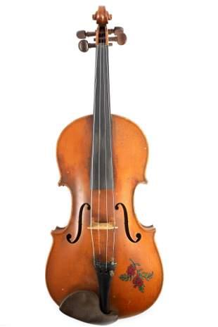 AN ANTIQUE VIOLIN bearing label Antonios Stradivar