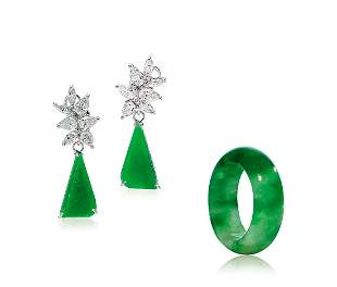 A Set of Jadeite Abacus Seed Ring and Jadeite Ear