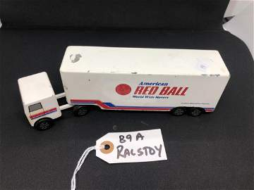 89A/ Raltoys 26 Cast Red Ball Tractor Trailer