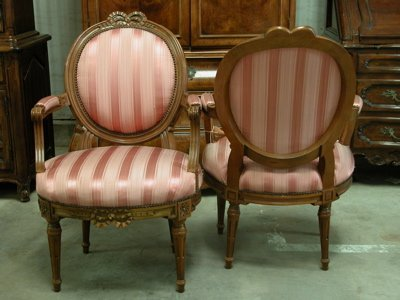 110: Henredon Wood & Fabric Side Chairs - Pair