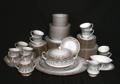 717: Noritake China Polonaise, Service for 12