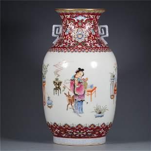 Old srock,Qing Dynasty famille-rose vase