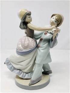 Lladro 5452 Masquerade Ball Porcelain Figurine