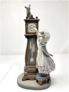 Lladro 5347 Bedtime Porcelain Girl Clock Cat Figurine