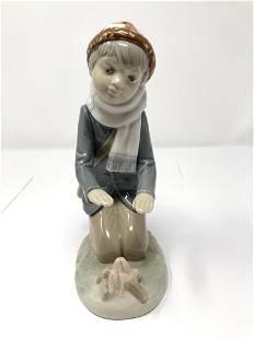 Zaphir Porcelain Spain Boy With Campfire Figurine