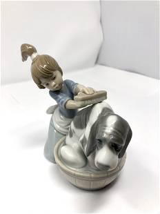 Lladro 5455 Bashful Bather Dog Bath Porcelain Figurine