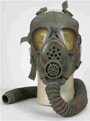 United States Military M2 Gas Mask 1941 to 49