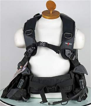 Sea Quest Fusion BCD With Owner Manual Unused