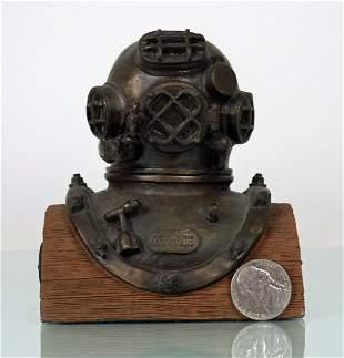 Detailed US Navy Mark V Schrader Diving Helmet Statue